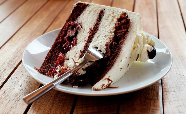 fetta di torta dolce